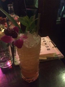 A picture of a tiki drink.